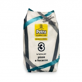 Flour n.3 for pizzas and focaccias, 5 kg - Petra