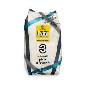 Mehl Nr. 3 für Pizzen und Focaccias, 5 kg - Petra - Farina di grano e cereali
