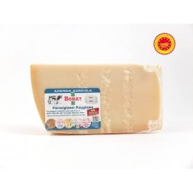 Parmigiano Reggiano AOP, assaisonnés 16 mois -. Az Agr Giorgio Bonati, 1kg