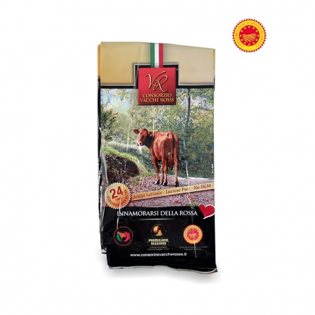 Parmigiano Reggiano PDO, seasoned 24 months - Cons. Red Cows, 700 gr