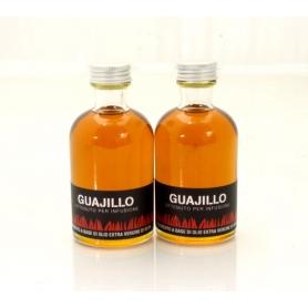 Huile aromatisée avec chili - guajillo, 100 ml