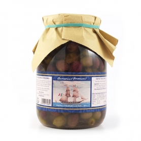Taggiasca olives, pitted in oil, 980 gr - I Velieri