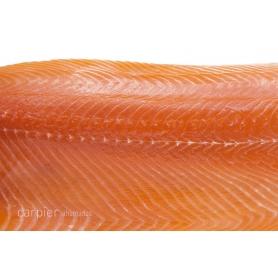 Herz des klassischen geräucherte Lachsfilets, 400 gr - Carpier